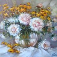 Пионы и садовые цветы.